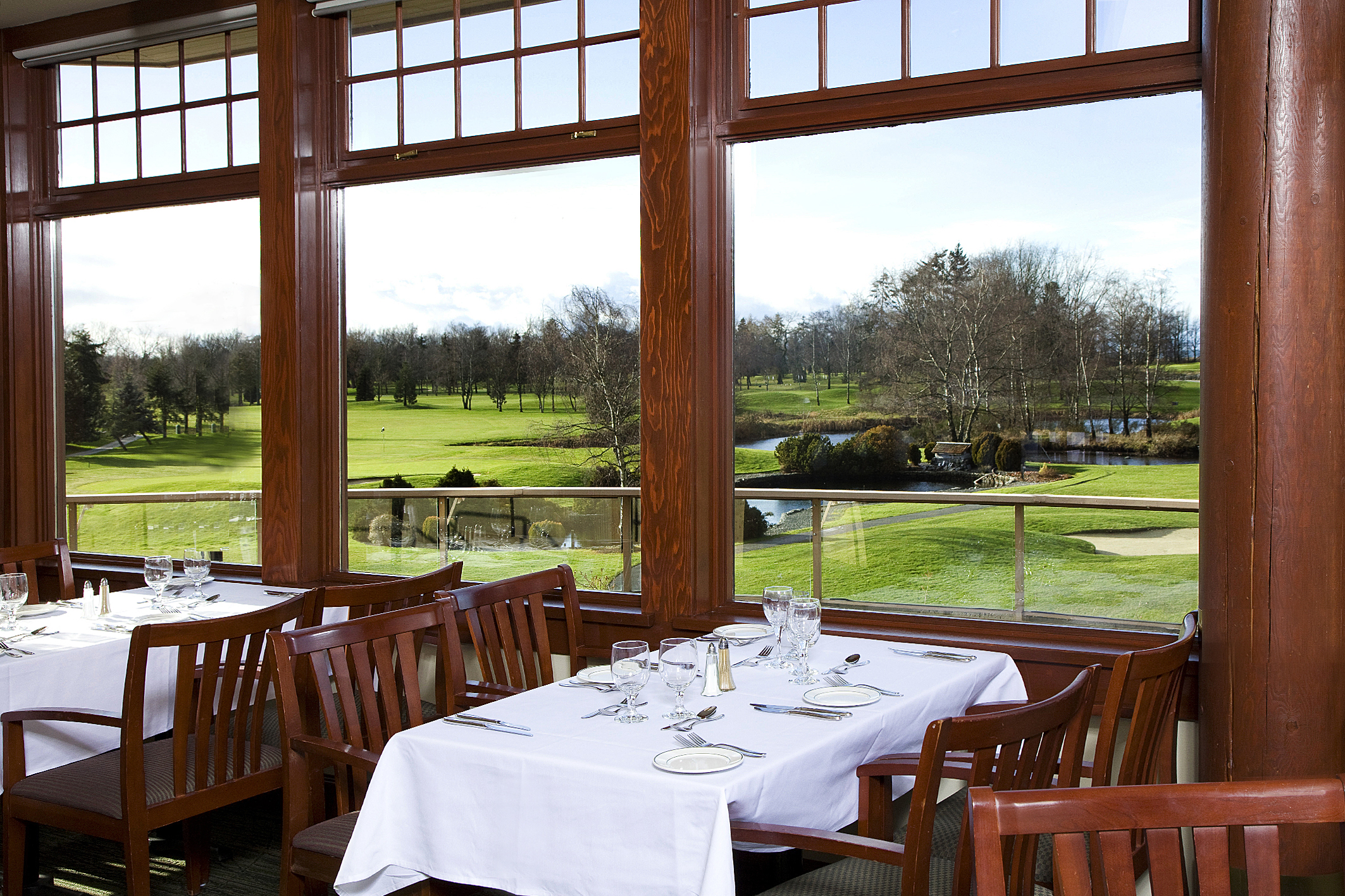 Quilchena grill qgolf club private golf course for Best private dining rooms vancouver
